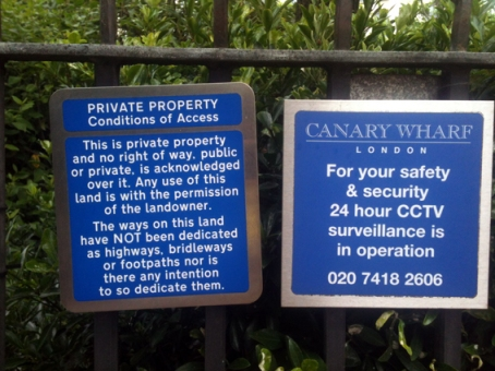 Canary Wharf private sign