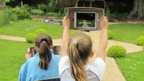 Year 5 with iPad shoebox